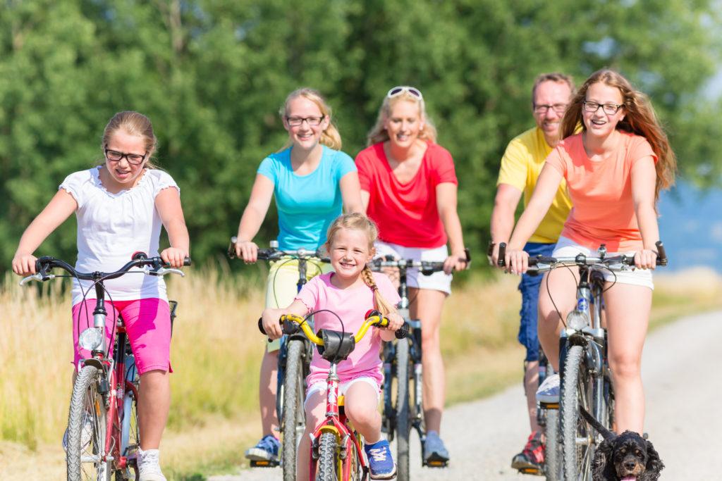 family bike biking big family